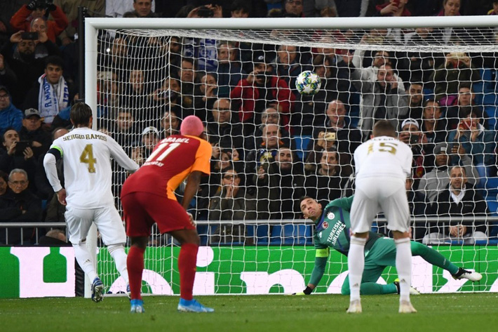 Rodrygo nổ hat-trick, Real Madrid vùi dập Galatasaray - Ảnh 4.
