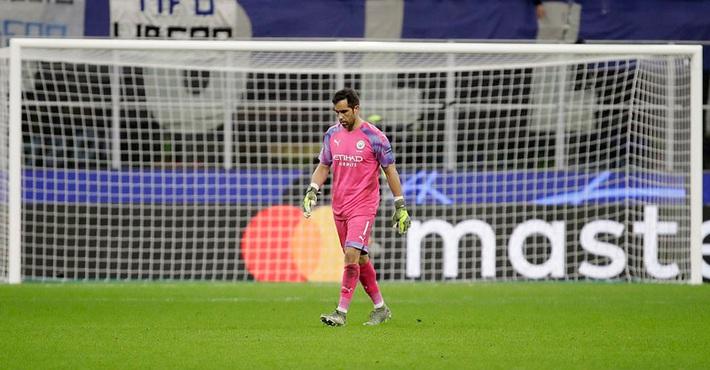 Kyle Walker thủ môn bất đắc dĩ, Man City cưa điểm Atalanta - Ảnh 8.