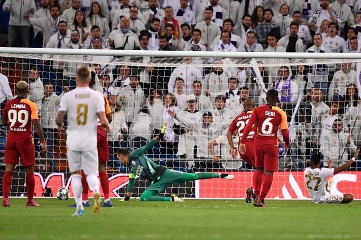 Rodrygo nổ hat-trick, Real Madrid vùi dập Galatasaray - Ảnh 9.