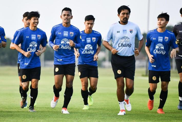 Trợ lý HLV của Thái Lan lo lắng cho việc bảo vệ chức vô địch SEA Games - Ảnh 1.