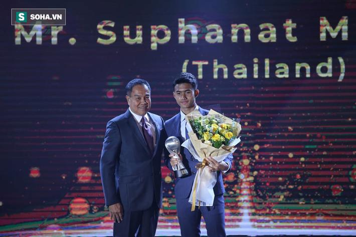 """""""Sát thủ"""" của Thái Lan sẽ phải hối hận vì đến Việt Nam ngày đồng đội thua thảm Campuchia? - Ảnh 1."""