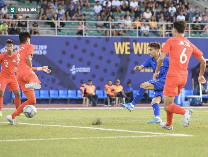 HLV Lê Thụy Hải: Tôi ngạc nhiên vì sao ông Park lại thay đổi thủ môn và hàng phòng ngự - Ảnh 5.