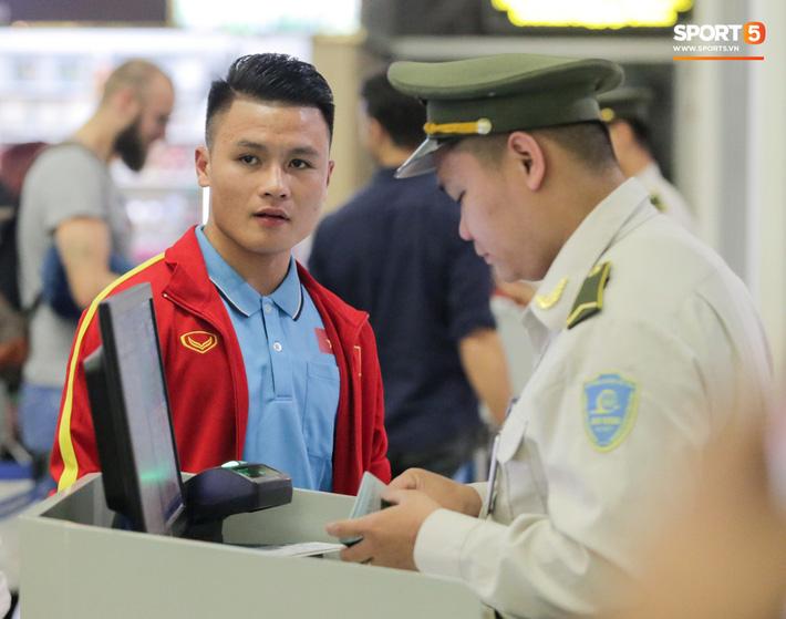 Đình Trọng, Trọng Đại thần thái ngày hội quân, U22 Việt Nam mang nguyên dàn trai đẹp sang Hàn Quốc tập huấn - Ảnh 14.