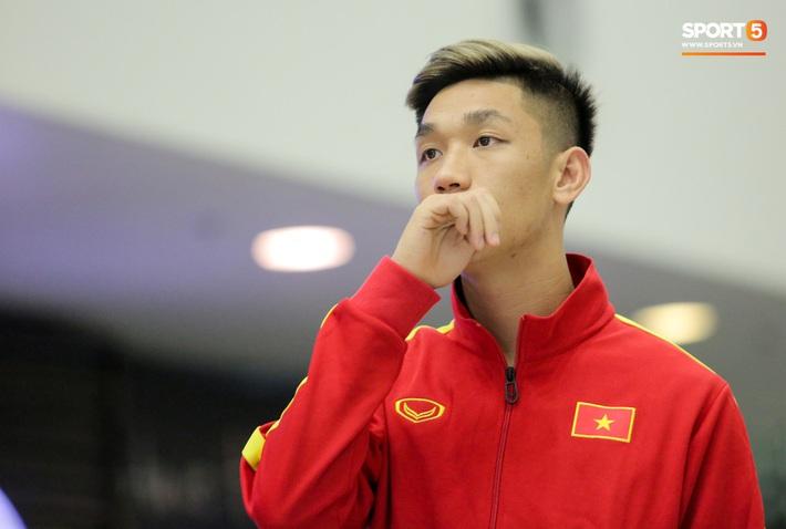 Đình Trọng, Trọng Đại thần thái ngày hội quân, U22 Việt Nam mang nguyên dàn trai đẹp sang Hàn Quốc tập huấn - Ảnh 7.