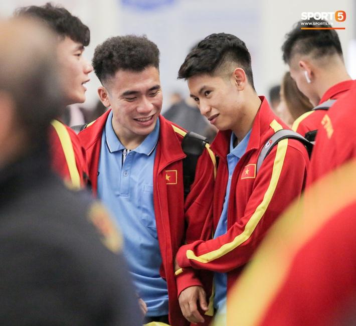 Đình Trọng, Trọng Đại thần thái ngày hội quân, U22 Việt Nam mang nguyên dàn trai đẹp sang Hàn Quốc tập huấn - Ảnh 9.