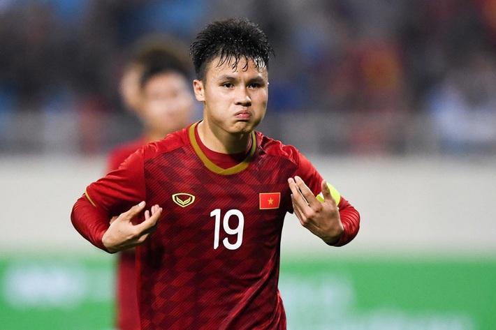 Báo châu Á chọn Quang Hải xuất sắc nhất bóng đá Việt Nam 2019 - Ảnh 1.