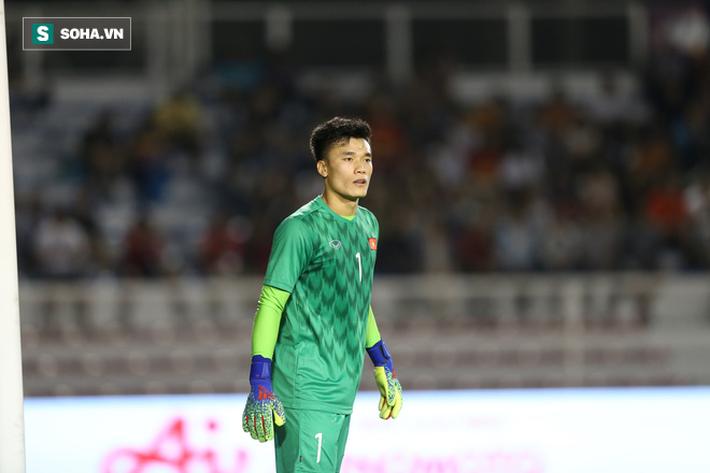 Dự bị dài hạn tại Hà Nội FC, thủ môn Bùi Tiến Dũng tìm bến đỗ mới để cứu vãn sự nghiệp - Ảnh 1.
