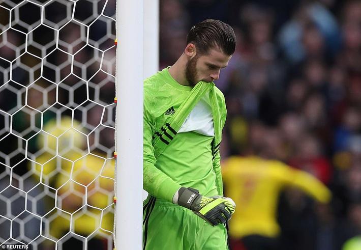 De Gea mắc sai lầm thảm họa, Man United cúi đầu rời sân của đội bét bảng - Ảnh 3.