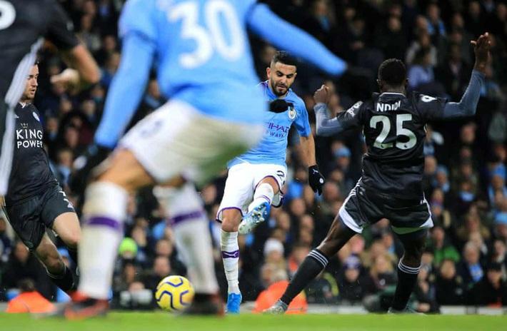 Mahrez gieo sầu cho đội bóng cũ, Man City thắng ngược Leicester - Ảnh 3.
