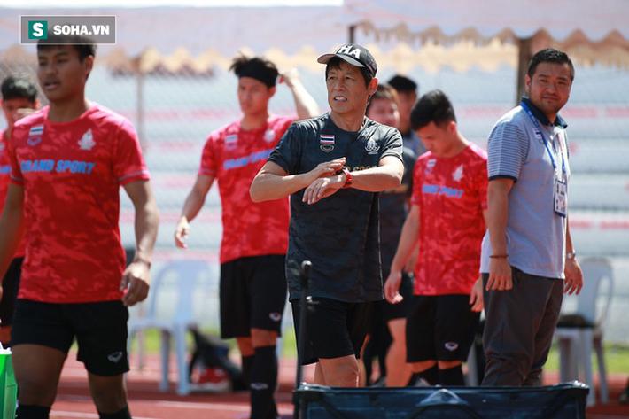 Thái Lan nhận hung tin, HLV Nishino đau đầu về lực lượng trước ngày đấu Việt Nam - Ảnh 2.