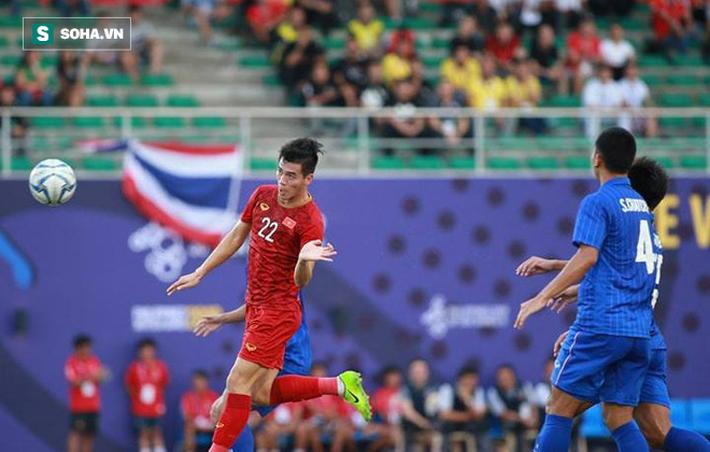 Thầy trò HLV Park Hang-seo đoạt vé siêu ngoạn mục sau hai cú đấm sớm từ người Thái - Ảnh 4.