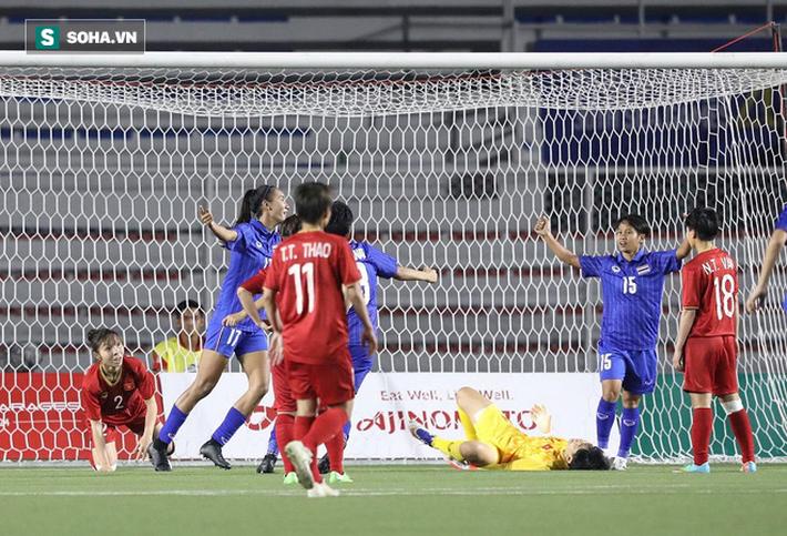 Em gái Teerasil Dangda khóc nức nở, cay đắng khi tự tay dâng bàn thắng vàng cho Việt Nam - Ảnh 2.