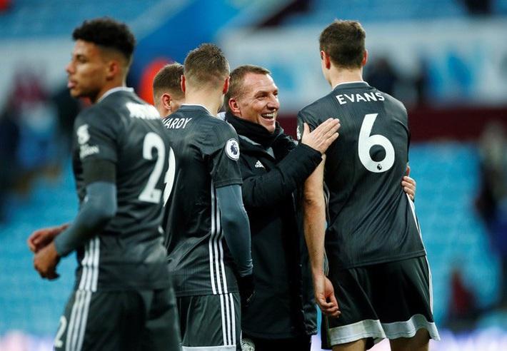 Mở đại tiệc Villa Park, Leicester thắng trận thứ 8 Ngoại hạng Anh - Ảnh 1.