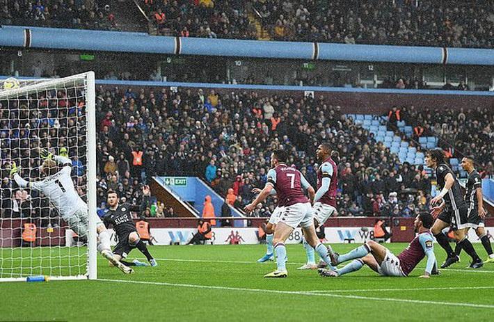 Mở đại tiệc Villa Park, Leicester thắng trận thứ 8 Ngoại hạng Anh - Ảnh 2.