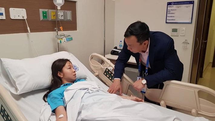 Vừa hạ Thái Lan để giành HCV, nữ cầu thủ Việt Nam nhập viện ngay trong đêm vì kiệt sức - Ảnh 1.
