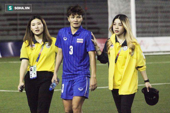 Trợ lý xinh đẹp Thái Lan khóc hết nước mắt, chết lặng khi nhìn Việt Nam nhận HCV SEA Games - Ảnh 4.
