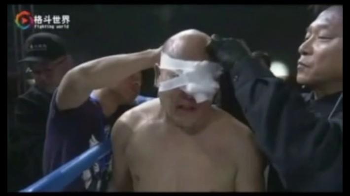 """Sau trận đấu """"điên rồ"""", Từ Hiểu Đông tuyên bố sẽ đấm gục Ngô Kinh trong 1 phút - Ảnh 3."""