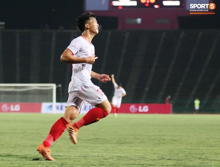 Tiền đạo mít ướt bỏ ngỏ khả năng cùng U22 Việt Nam đá bán kết U22 Đông Nam Á 2019 - Ảnh 3.
