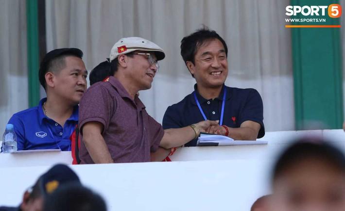 Truyền thông Hàn Quốc tin ông Lee Young-jin sẽ giúp U22 Việt Nam thành công - Ảnh 1.