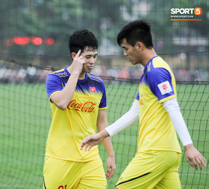 Vé xem đại chiến U23 Việt Nam - U23 Thái Lan ngày 26/3 sớm hết vị trí đẹp - Ảnh 1.