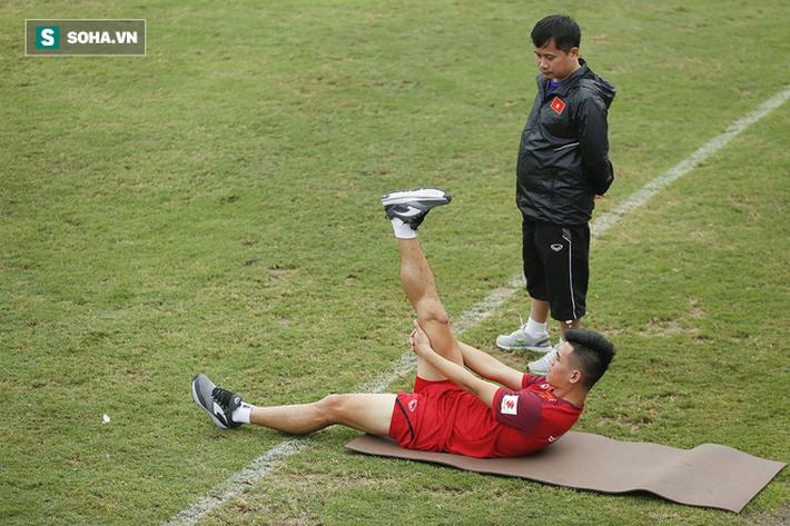 HLV Park Hang-seo đăm chiêu trước chấn thương dai dẳng của Vua phá lưới nội V.League 2018 - Ảnh 7.