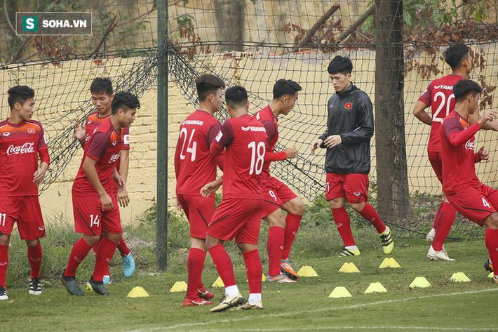 HLV Park Hang-seo đăm chiêu trước chấn thương dai dẳng của Vua phá lưới nội V.League 2018 - Ảnh 6.