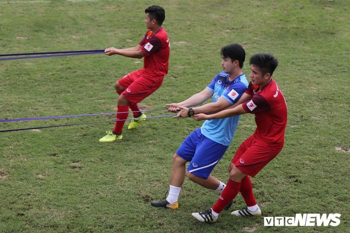 Chỉ số đặc biệt phơi bày nhược điểm, HLV Park Hang Seo khắc phục thế nào? - Ảnh 1.