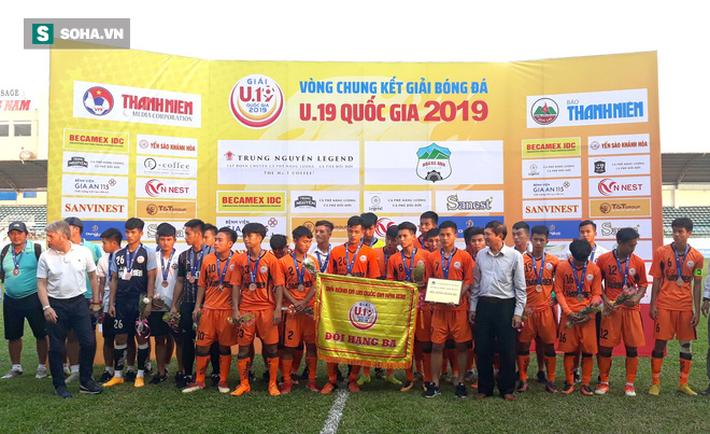 Hạ Đà Nẵng, HLV U19 Hà Nội tiết lộ bí kíp vô hiệu hóa Công Phượng đệ nhị - Ảnh 1.