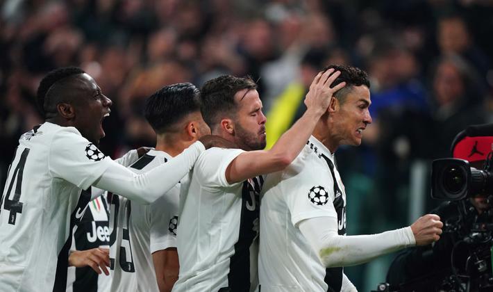 Với Ronaldo, Juventus sẽ đóng vai AC Milan ngày nào để chặn cơn bão từ Premier League - Ảnh 3.
