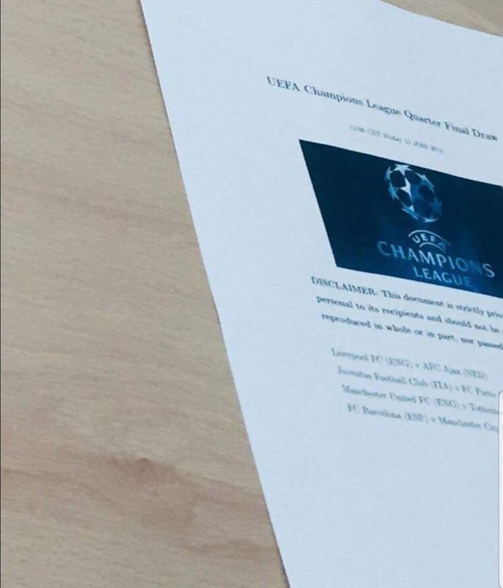 Fan bóng đá dậy sóng vì bức ảnh lộ kết quả bốc thăm Champions League - Ảnh 1.