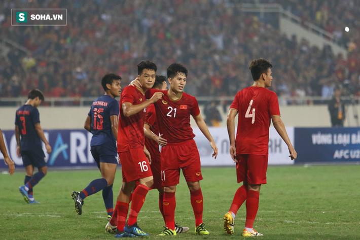 Sao U23 Việt Nam nhận điểm cao chót vót khi vùi dập Thái Lan - Ảnh 1.