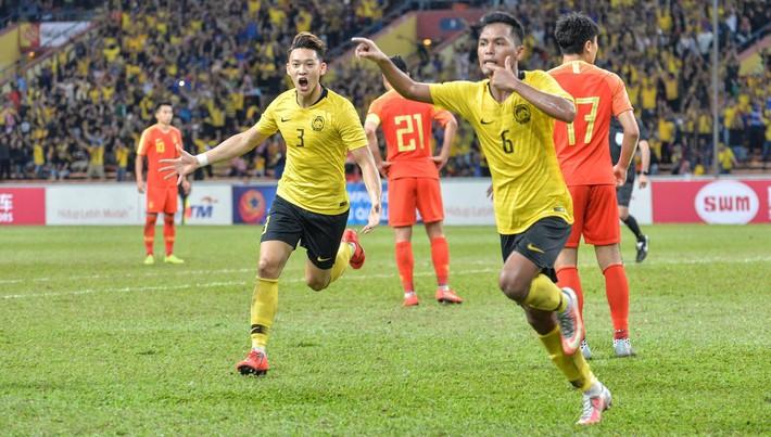 Đội nhà thua Việt Nam, báo Trung Quốc giận dữ: Đừng để chúng tôi hổ thẹn nữa - Ảnh 2.