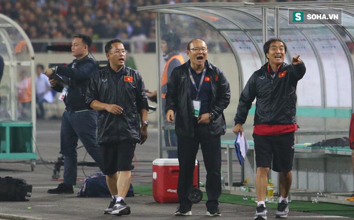 Sau trận đại thắng, bóng đá Việt Nam còn cả một quãng đường dài để bắt kịp Thái Lan - Ảnh 1.