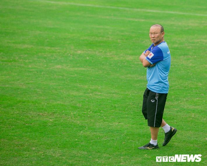 HLV Park Hang Seo được và mất gì khi dẫn dắt U23 Việt Nam đá SEA Games 30? - Ảnh 1.