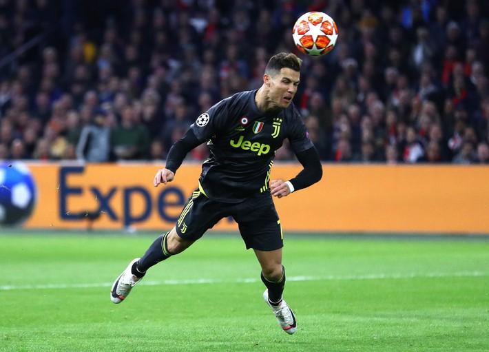 MU lập một kỷ lục tệ chưa từng thấy trong lịch sử Champions League - Ảnh 8.