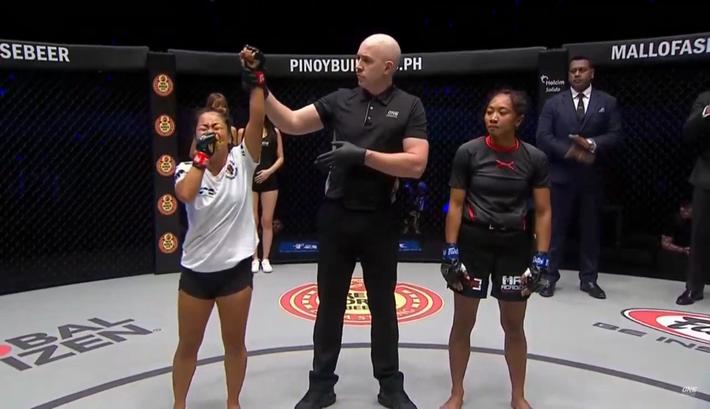 Người đẹp gốc Việt hạ gục đối thủ Indonesia ở sàn MMA danh giá nhất châu Á - Ảnh 5.