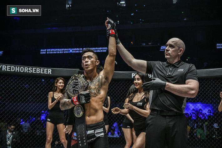Báo Mỹ kinh ngạc với pha lên gối ngoạn mục của võ sĩ gốc Việt Martin Nguyễn - Ảnh 1.