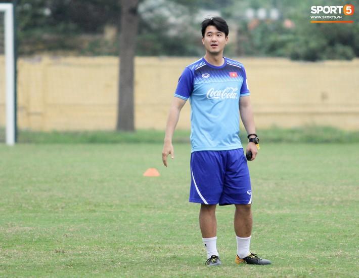 Trợ lý HLV Park Hang-seo bất ngờ có mặt ở Nhật Bản, xem giò siêu sao tuyển Thái Lan - Ảnh 2.