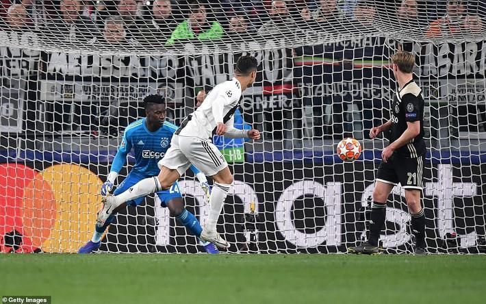 Ronaldo lập công, nhưng Juventus phải quỳ gối trước vũ điệu siêu đẳng của Ajax - Ảnh 1.