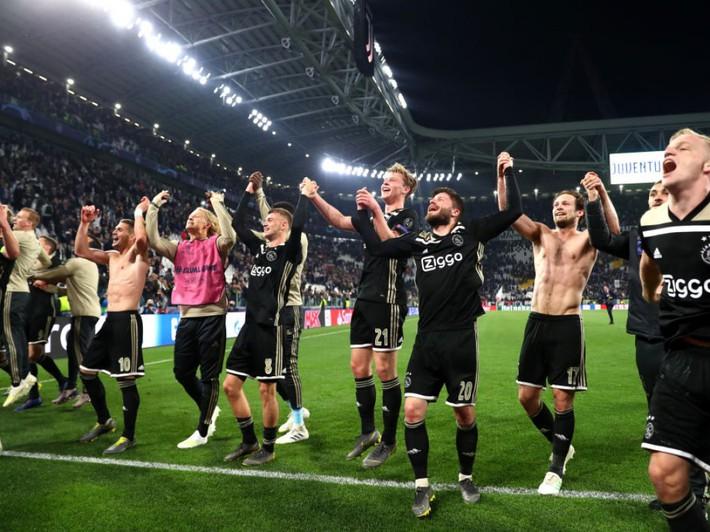 Klopp không còn cô đơn, Champions League giờ đang ngập tràn điệu rock - Ảnh 2.