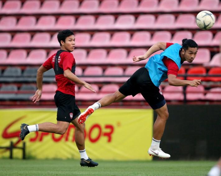 Đặng Văn Lâm sẵn sàng cho màn ra mắt HLV mới ở Muangthong United - Ảnh 9.