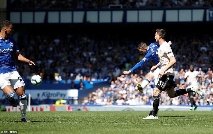 5 lý do khiến Man United chịu thất bại gây chấn động trước Everton - Ảnh 4.