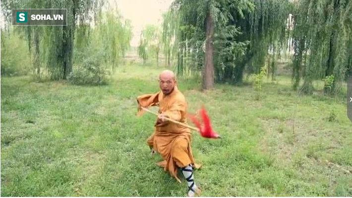 Kẻ đấm ngất võ sư Võ Đang sau 5 giây bất ngờ thách đấu Đệ nhất hộ pháp Thiếu Lâm Tự - Ảnh 2.