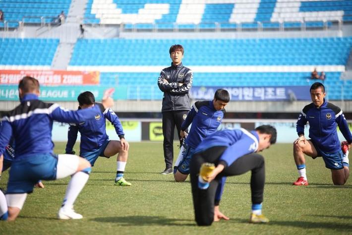 HLV Incheon cảnh cáo mạnh mẽ Công Phượng sau khi gạch tên CP23 khỏi danh sách thi đấu - Ảnh 2.