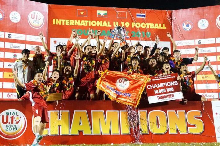 Guillaume Graechen: Gã đóng tàu vĩ đại cho bóng đá Việt Nam - Ảnh 1.