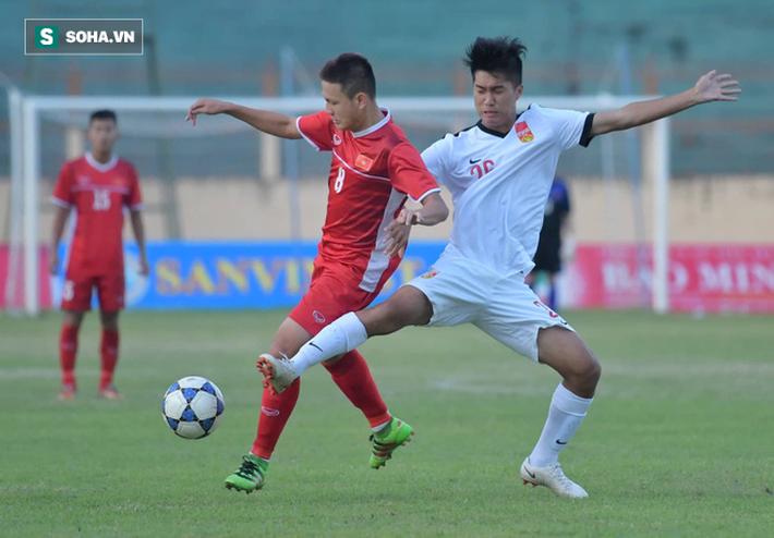 Hai tính cách trái ngược của Người không phổi trên U19 Việt Nam - Ảnh 1.