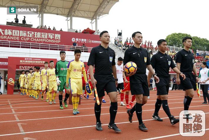 Đàn em Quang Hải nhận kết quả khó tin trước đội bóng cũ của Đặng Văn Lâm - Ảnh 2.