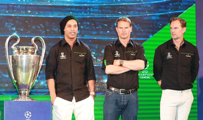Quang Hải, Công Phượng, đừng bắt chước Beckham, Ronaldinho! - Ảnh 1.