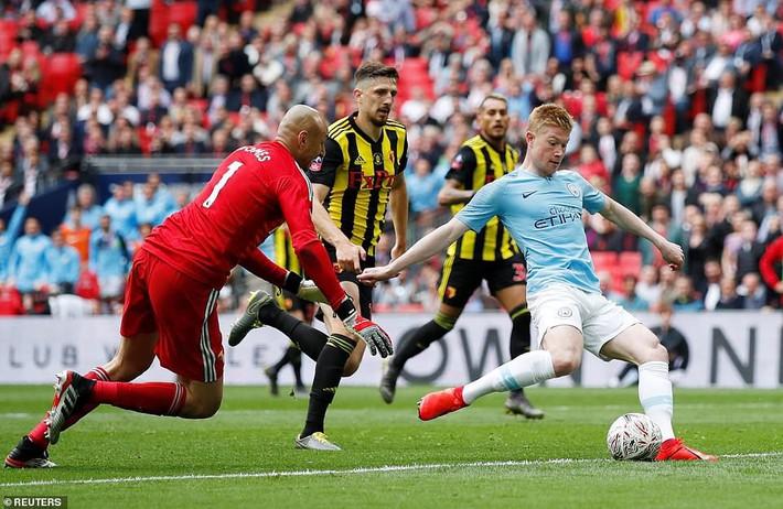 Man City: Sự tàn nhẫn của Pep Guardiola tạo nên lịch sử tại xứ sương mù - Ảnh 1.