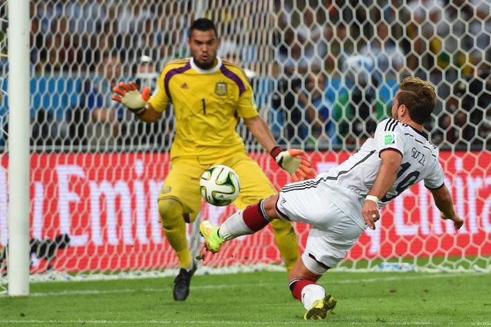 Người hùng nước Đức: Bàn thắng vàng World Cup cũng chẳng bằng 2 phút với Dortmund - Ảnh 4.